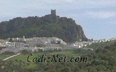 Cadiz:El Castillo, en lo más alto de la población