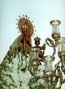 Cadiz:Imagen titular de la Venerable y Real Hermandad de Ntra.Sra. del Carmen Coronada que se venera en el Convento Carmelitano de San Fernando